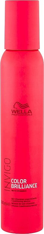 Haarspülung-Mousse mit Vitamin E für gefärbtes Haar ohne Ausspülen - Wella Professionals Invigo Color Brilliance Conditioning Mousse