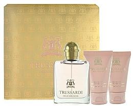 Düfte, Parfümerie und Kosmetik Trussardi Delicate Rose - Duftset (Eau de Toilette 30ml + Duschgel 30ml +Körperlotion 30ml)