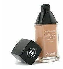 Mildes flüssiges Make-up mit LSF 15 - Chanel Vitalumiere Fluide SPF15 — Bild N2