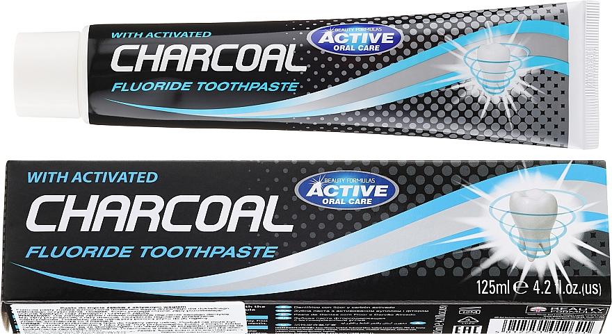 Zahnpasta mit Aktivkohle und Fluorid - Beauty Formulas Charcoal Activated Fluoride Toothpaste