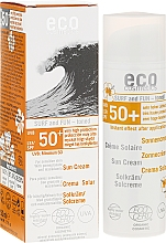 Düfte, Parfümerie und Kosmetik Wasserfeste Sonnenschutzcreme mit Granatapfel und Macadamia für empfindliche Haut 50+ - Eco Cosmetics Surf & Fun Extra Waterproof Sunscreen SPF 50+