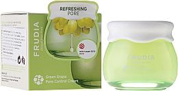 Düfte, Parfümerie und Kosmetik Porenverfeinernde und feuchtigkeitsspendende Gesichtscreme mit grünem Traubenextrakt - Frudia Pore Control Green Grape Cream
