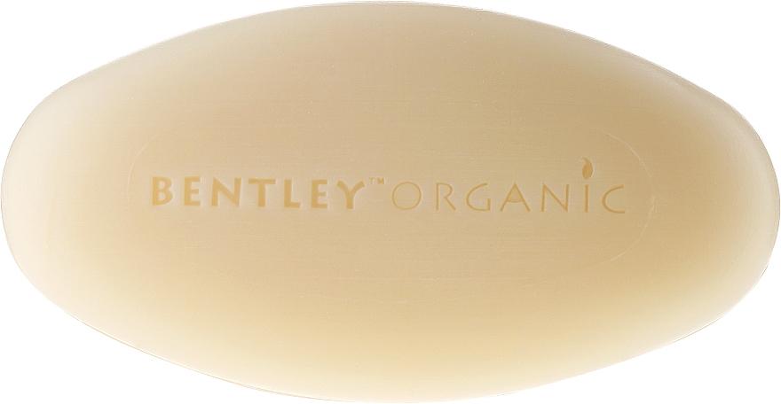 Tiefenreinigende Seife mit Olive, Teebaum und Eukalyptus - Bentley Organic Body Care Deep Cleansing Soap Bar — Bild N2