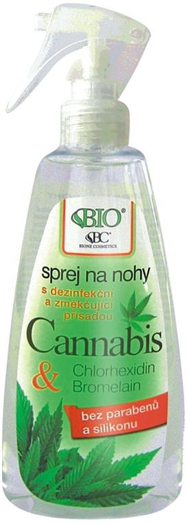 Erfrischendes Fußspray mit Cannabis-Extrakt - Bione Cosmetics Cannabis Foot Spray With Triethyl Citrate And Bromelain