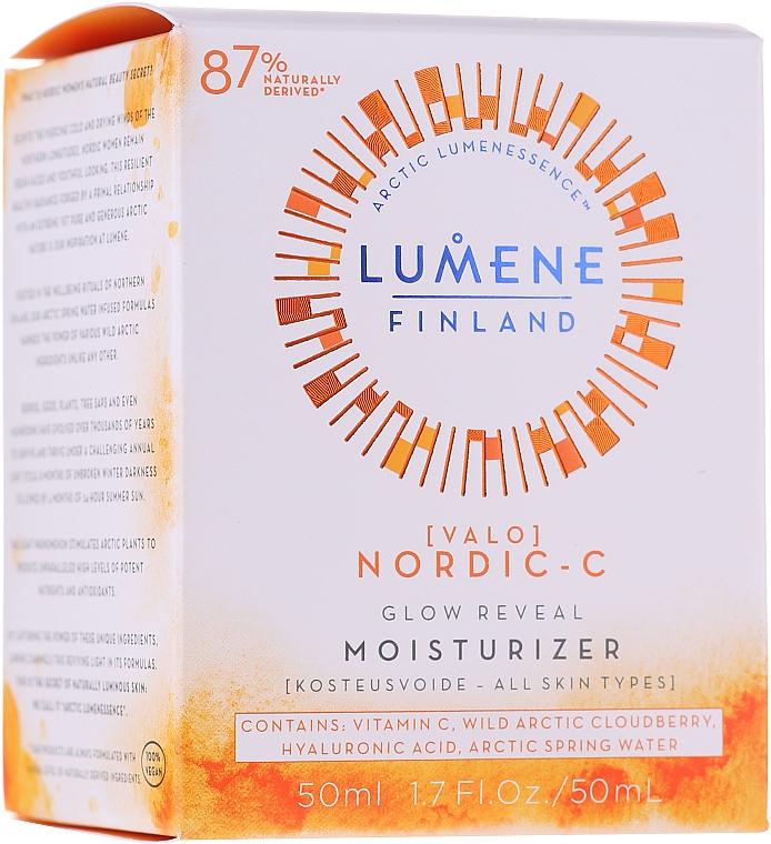 Feuchtigkeitsspendende und aufhellende Tagescreme mit Vitamin C - Lumene Valo Glow Reveal