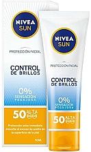 Düfte, Parfümerie und Kosmetik Sonnenschutzcreme für das Gesicht SPF 50 - Nivea Sun UV Face Shine Control Cream SPF50