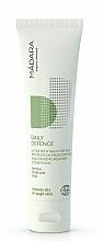 Düfte, Parfümerie und Kosmetik Pflegender Klimaschutzbalsam für das Gesicht - Madara Cosmetics Daily Defence