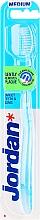 Düfte, Parfümerie und Kosmetik Zahnbürste mittel Target Teeth & Gums hellblau - Jordan Target Teeth & Gums Medium