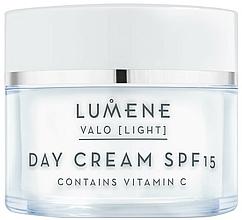 Düfte, Parfümerie und Kosmetik Aufhellende und feuchtigkeitsspendende Tagescreme mit Vitamin C - Lumene Valo Vitamin C Day Cream SPF15