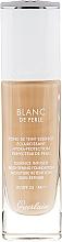 Düfte, Parfümerie und Kosmetik Feuchtigkeitsspendende und aufhellende Foundation LSF 25 - Guerlain Blanc De Perle Essence Infused Brightening Foundation SPF 25
